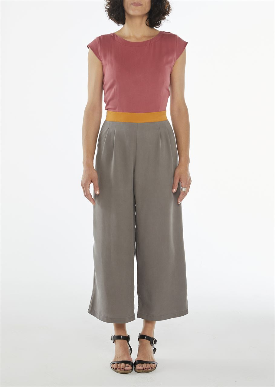 """Picture of  """"knot"""" jumpsuit in pink- orange- grey"""