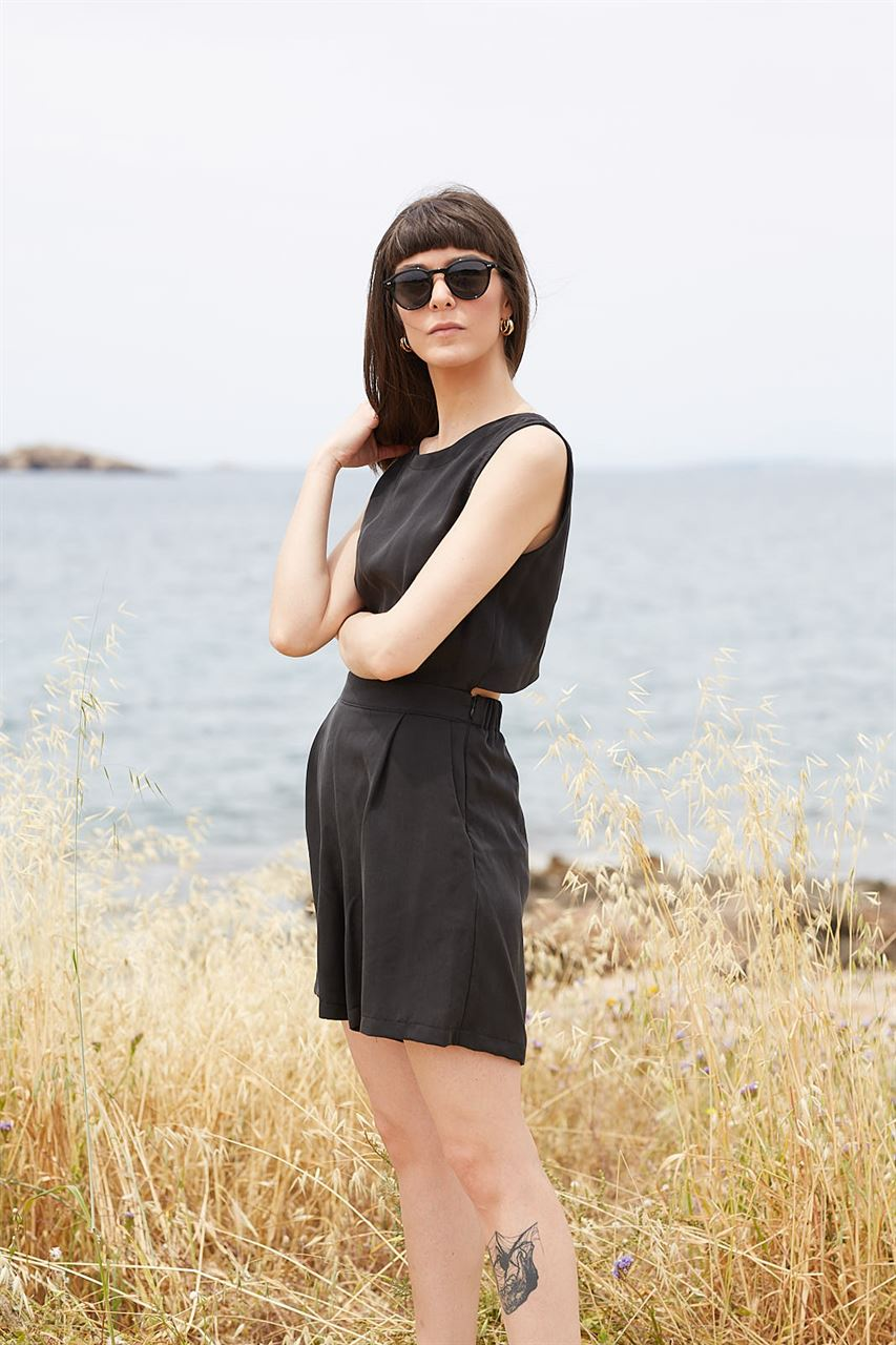 Picture of Low back playsuit in black