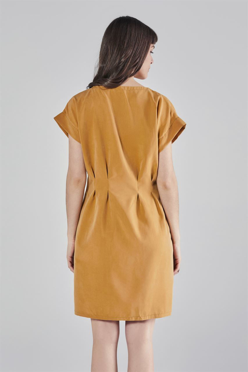 Picture of zip pleated dress in mustard